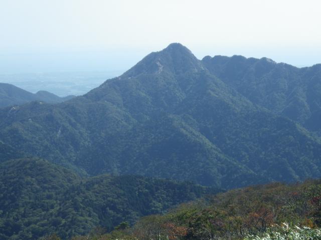 東雨乞岳からの鎌ケ岳